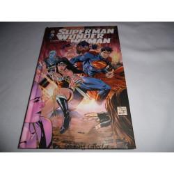 Comic - Superman / Wonder Woman - No 1 - Couple Mythique - Urban Comics