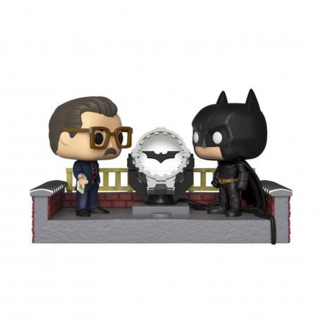 Figurine - Pop! Heroes - Movie Moments - Batman with Light Up Bat Signal - Vinyl - Funko